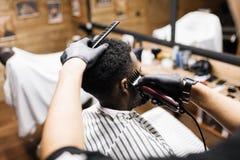 Trabalho do barbeiro fotos de stock