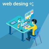 Trabalho do homem de negócio no desenhista Photographer Workspace Desk 3d do desenhista da Web do laptop isométrico Foto de Stock