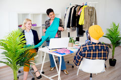 Trabalho dos desenhadores de moda imagens de stock royalty free