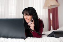 Trabalho no computador em casa Imagem de Stock Royalty Free