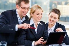 Trabalhos de equipa bem sucedidos Imagem de Stock