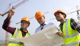 Trabalhos de equipa da construção Fotos de Stock Royalty Free