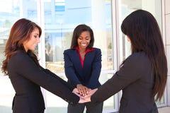 Trabalhos de equipa da mulher de negócio Imagem de Stock Royalty Free
