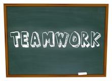 Trabalhos de equipa escritos no quadro Imagens de Stock