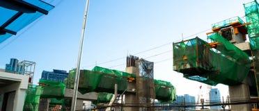 Trabalhos de equipe do trem de estrada de ferro da construção reais fotos de stock