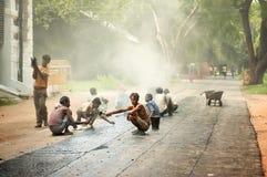 Trabalhos de estrada em Nova Deli, Índia Fotografia de Stock