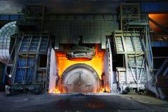 Trabalhos do ferro da fábrica de aço fotos de stock royalty free