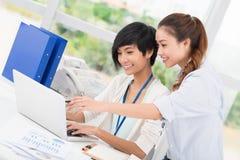 Trabalhos em rede do negócio imagem de stock