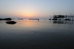 Trabocco en la puesta del sol Foto de archivo