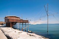 Trabucco, trebuchet, trabocco -它的传统渔房子 图库摄影
