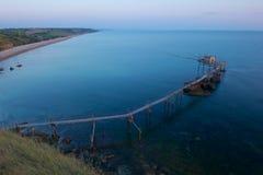 Trabucco gammal fiskemaskin Fotografering för Bildbyråer