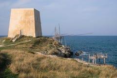 Trabucco los angeles Punta, tradycyjna drewniana struktura używać dla łowić w Włochy, powszechnie znajdujący wzdłuż Adriatyckiego zdjęcia royalty free