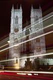 Tracce dell'indicatore luminoso e dell'Abbazia di Westminster a Londra Fotografie Stock Libere da Diritti