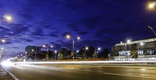 Tracce della luce all'ora di punta Fotografia Stock Libera da Diritti
