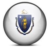 Tracci con Dot Pattern sul bottone della bandiera dello stato di U.S.A. Massachusetts Immagini Stock Libere da Diritti