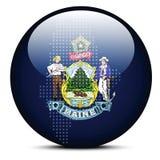 Tracci con Dot Pattern sul bottone della bandiera di U.S.A. Maine State Immagine Stock Libera da Diritti