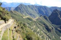 Traccia del Inca alle rovine di Machu Picchu Immagine Stock