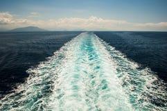 Traccia della nave sul mare Fotografie Stock Libere da Diritti