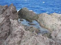 Traccia della pozza di marea, Saba Fotografie Stock
