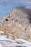 Traccia di avventura dell'alta montagna poco Gjaidstein vicino al ghiacciaio di Dachstein, Austria Fotografie Stock
