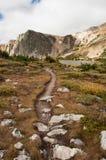 Traccia di escursione alpina Immagine Stock Libera da Diritti