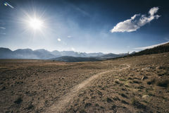 Traccia di escursione nella sierra Nevada Mountains Immagini Stock