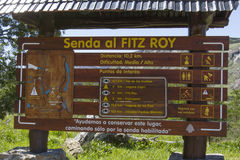 Trace a caminhar Fitz Roy, Patagonia, Argentina Fotografia de Stock Royalty Free