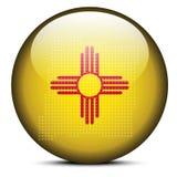 Trace con Dot Pattern en el botón de la bandera del estado de los E.E.U.U. New México Fotos de archivo libres de regalías