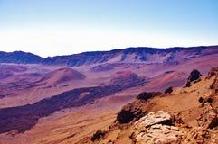 Traces de lave de volcan en parc national de haleakala image stock