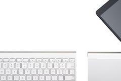 Trackpad и таблетка Keyboardm изолированные на белой предпосылке Стоковое Изображение