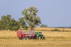 Tracteurs dans Gye, France Images libres de droits