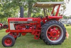 1978 tractor de granja de la energía hidraúlica del International 86 Imagenes de archivo