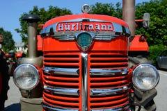 Tractor del vintage en condiciones hermosas imagen de archivo libre de regalías