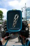 Tractor Dutra D4K de aanhangwagen Stock Foto's