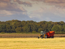 Tractor en aanhangwagen Royalty-vrije Stock Foto's