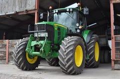 Tractor en la granja Foto de archivo