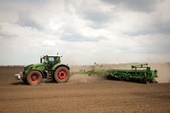 Tractor in field Royalty Free Stock Photography