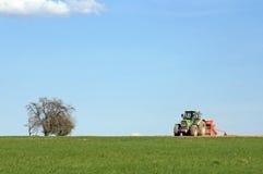 Tractor in het Werk Stock Afbeelding