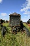 Tractor viejo de Huber imagenes de archivo