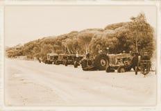 Tractoren, oude tractoren, machinary landbouwbedrijf, stock afbeeldingen