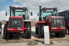 Tractoren van Kirovskiy-Plantaardige productie Royalty-vrije Stock Afbeeldingen