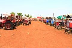Tractores antiguos la India Foto de archivo