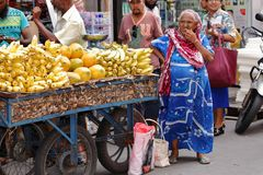 Trade and sale in the streets of Colombo Royalty Free Stock Images