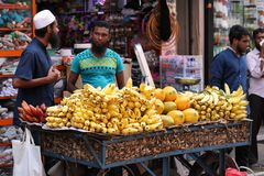 Trade and sale in the streets of Colombo Stock Photography