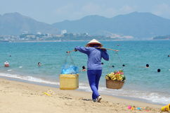 Tradeswoman fruit Royalty Free Stock Photography
