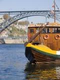 Tradicional Boot in Porto lizenzfreie stockbilder