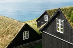 Tradicional faroese grass covered houses
