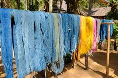 Tradicional feito a mão de seda de tingidura Fotos de Stock