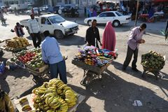 Trading on a city street in Somalia Stock Photos
