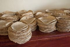 Traditicional-Tortillas für traditionelles Lebensmittel lizenzfreie stockfotos